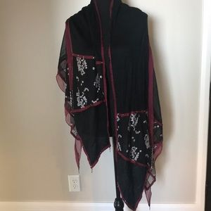 Artsy Highly Detailed Wrap/Scarf